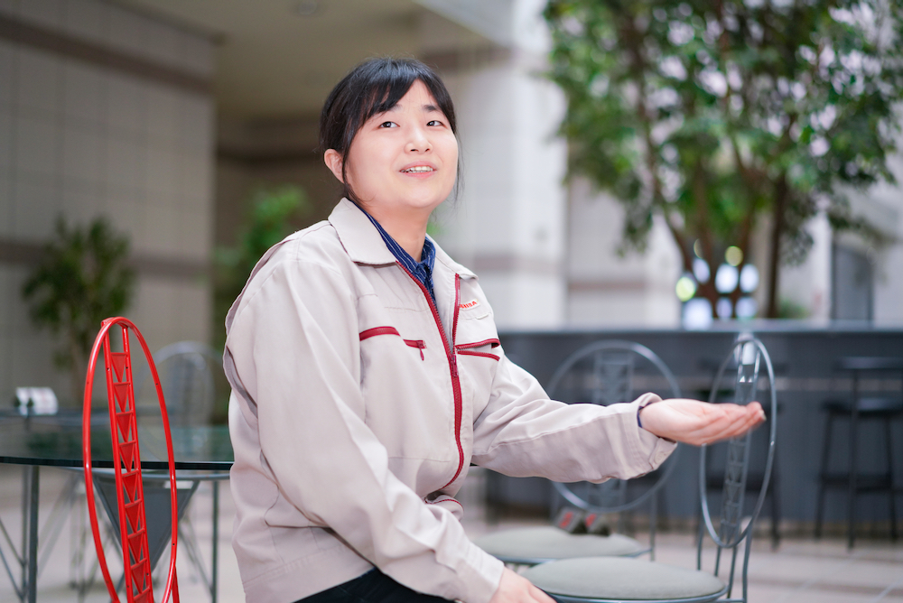 Yoshiko Takahashi, a member of the Package Solution Technology Development Department, Electronic Devices & Storage Research & Development Center, Toshiba Electronic Devices & Storage Corporation(2)