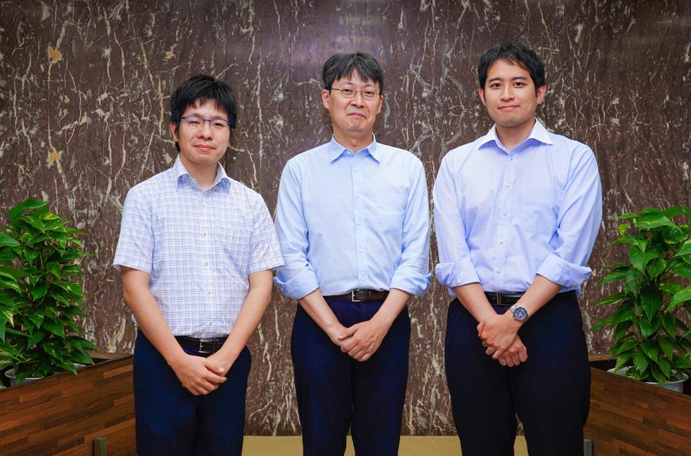 From left to right: Masaaki Takada, Hiromasa Shin, and Yoshiaki Shiga