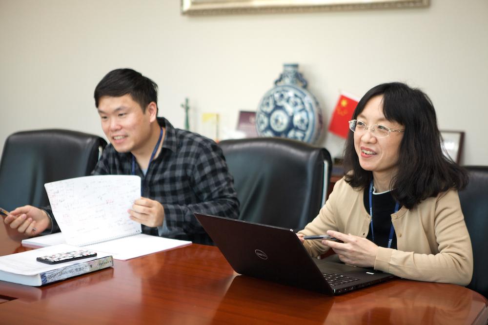 Di Hui and her colleague