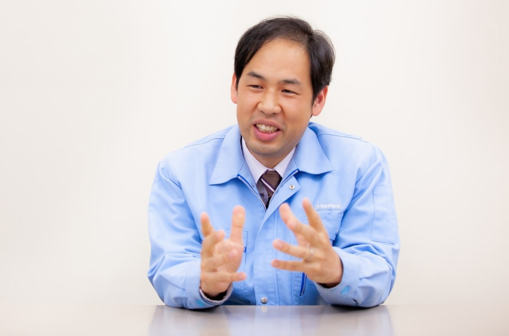 Takashi Usui, Research Scientist, Mechanical Systems Laboratory, Research & Development Div., Toshiba Corporation (at the time of the interview)
