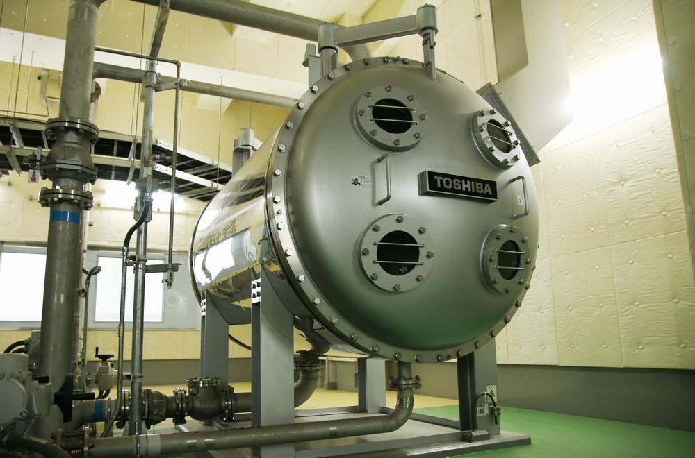 オゾンの力でおいしい水を 高度浄水処理設備の水面下の革新