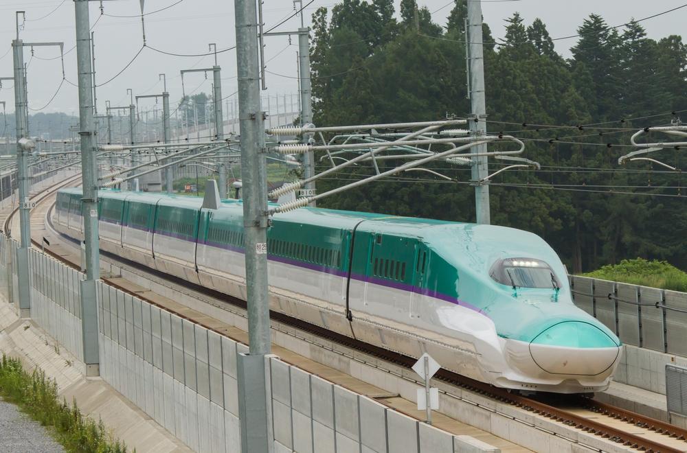 北海道新幹線がついに開業! H5系に搭載される東芝の主回路機器