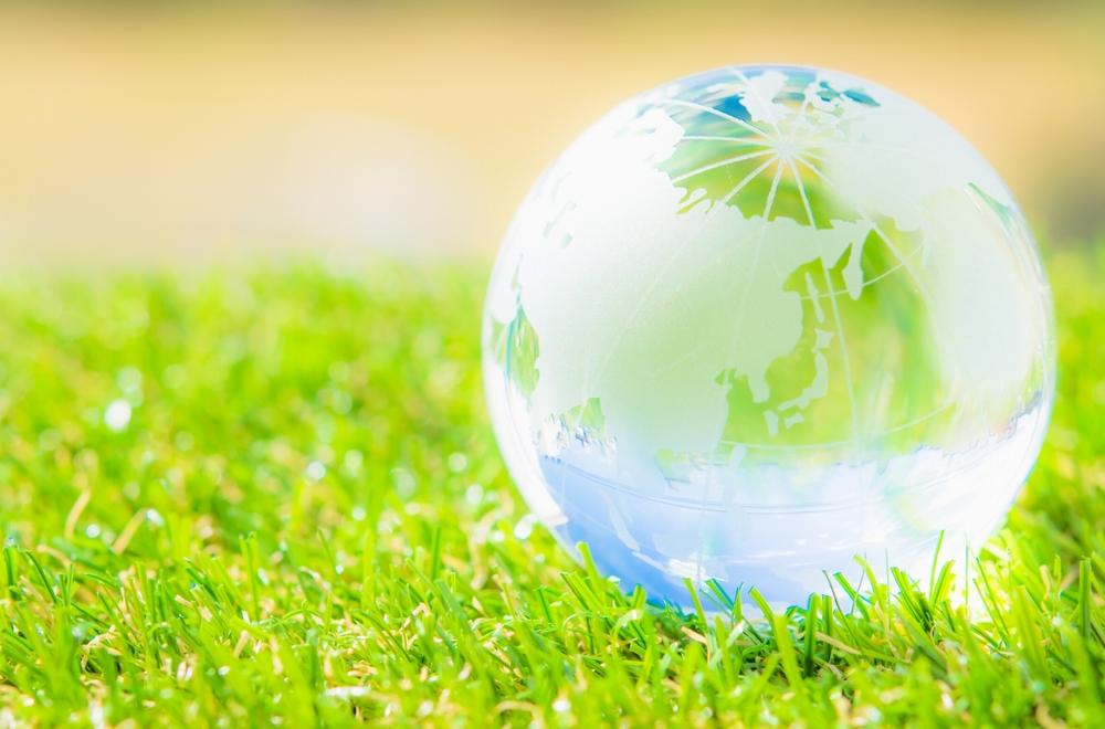 CO₂から生活に役立つ物質を 人工光合成が生み出す新しいエコサイクル