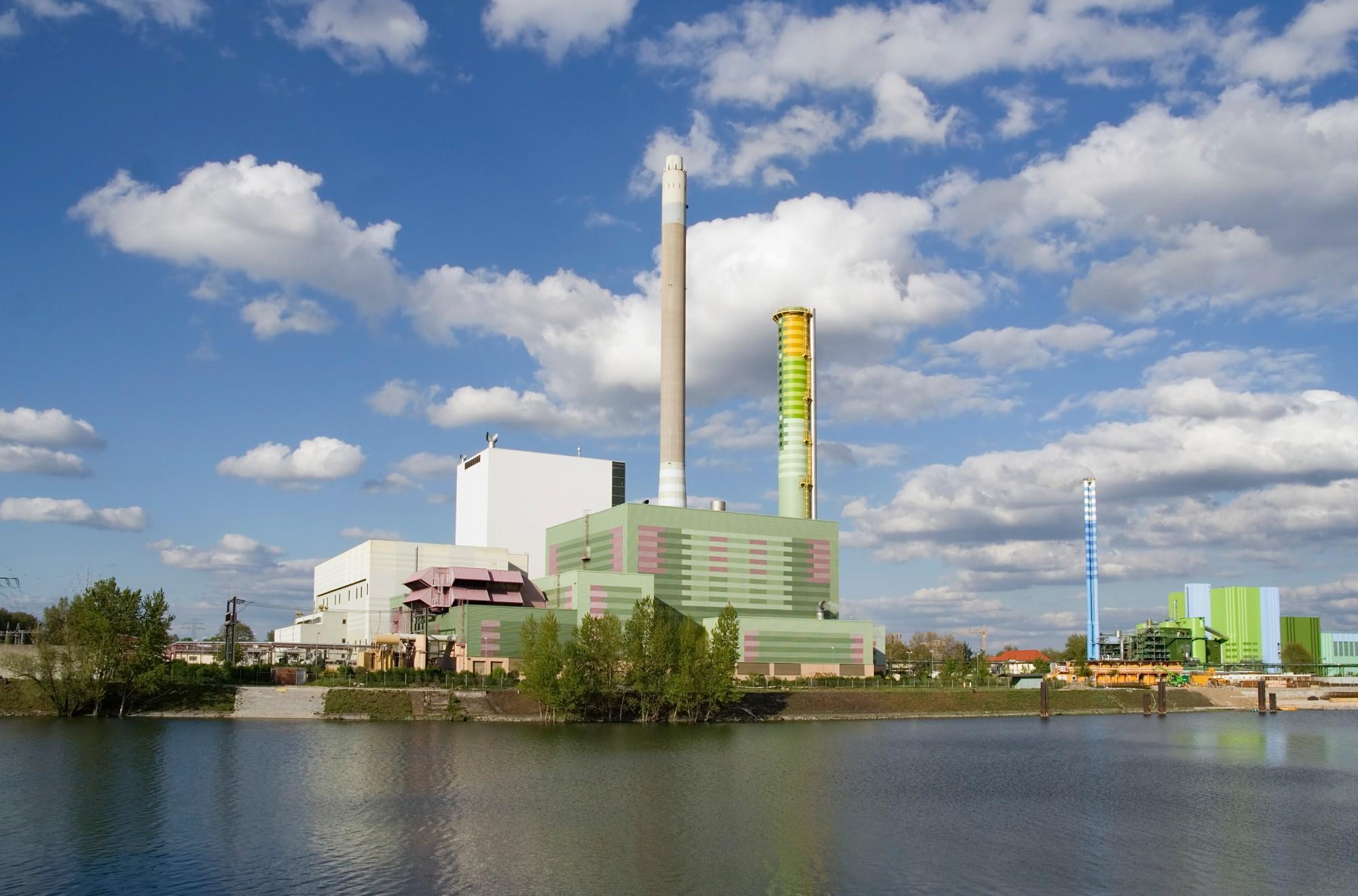 排ガスを食い止めろ!CO₂(二酸化炭素)の回収・利用・貯留とは?