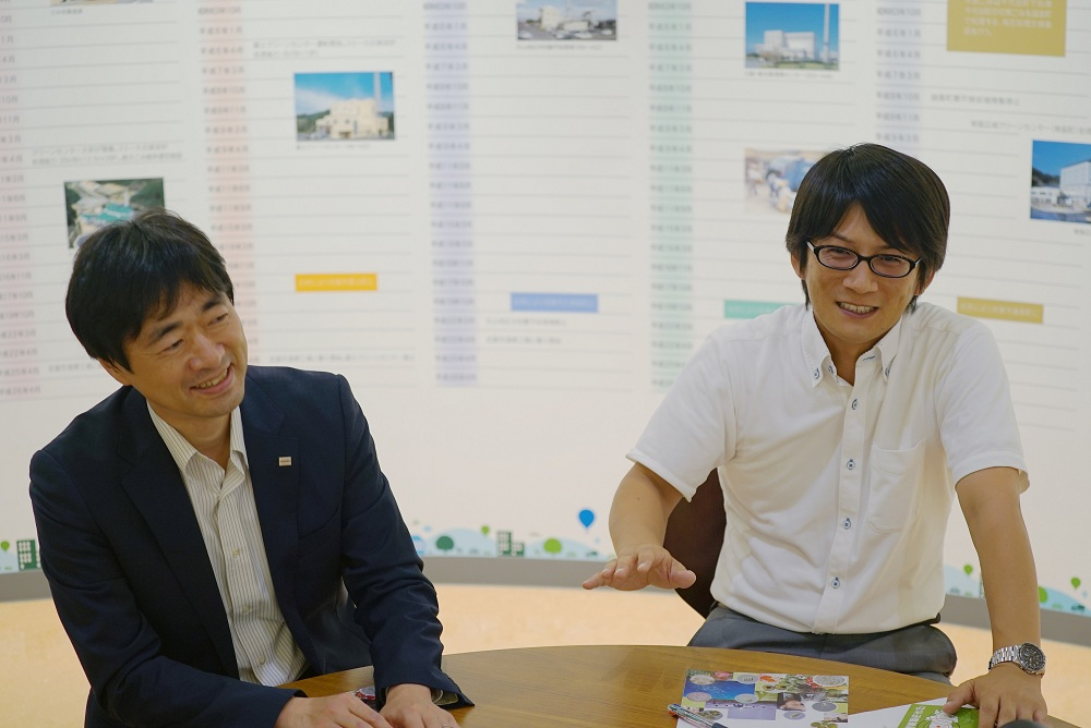 東芝 エネルギーシステムソリューション社 北村氏、佐賀市 環境部 前田氏