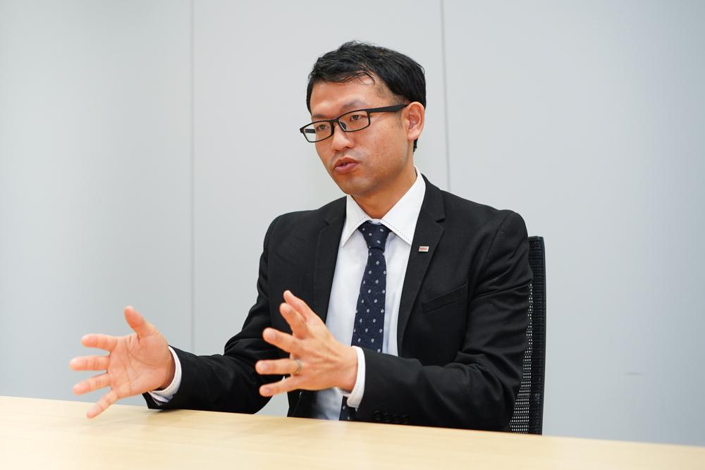 東芝ライテック株式会社 照明電材事業部 事業企画部 事業企画担当 佐藤勇介氏