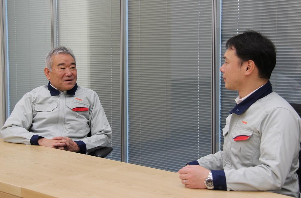 東芝エネルギーシステムズ株式会社 京浜事業所 原子力機器装置部 住吉幸博氏(左)、同 高見正平氏(右)
