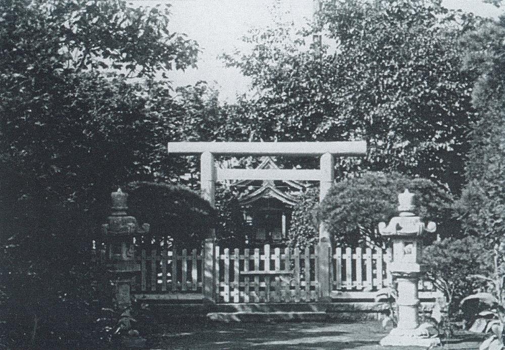 工場内の出雲神社の写真(1929年頃撮影)