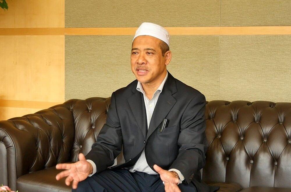 Putrajaya Public Transport Travel & Tours社のCEO*、ハジ・ラヒム氏