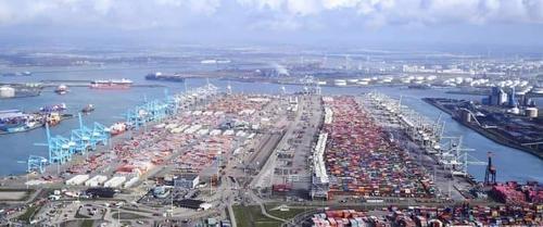オランダのロッテルダム港