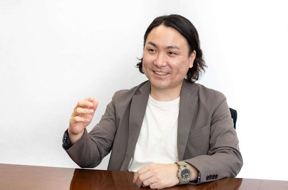 井上生健氏